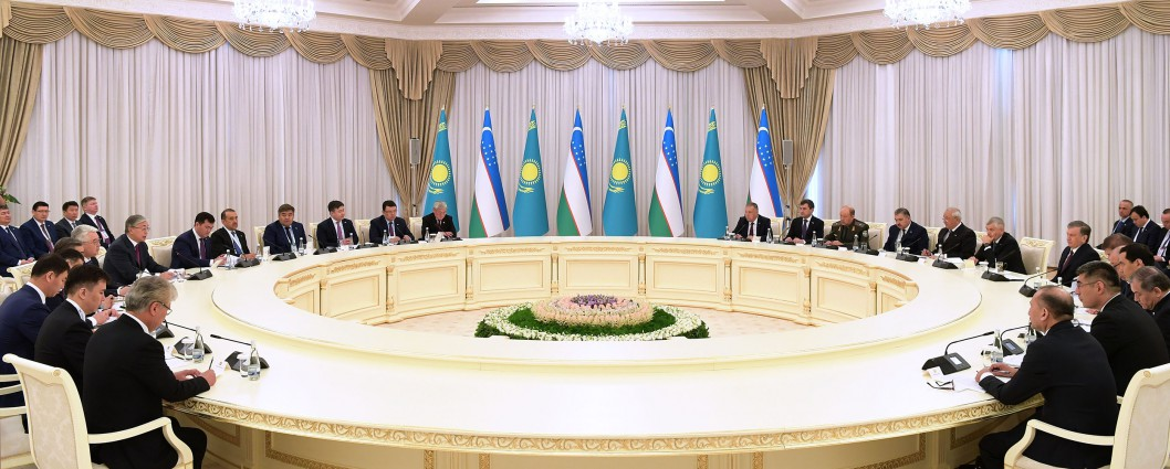 Meeting with President of Uzbekistan Shavkat Mirziyoyev in expanded format