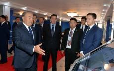 Нұрсұлтан Назарбаев «Павлодар мемлекеттік университетінің Стартап академиясы» ЖШС-да болды
