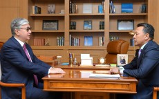 President of Kazakhstan Kassym-Jomart Tokayev receives the Head of Kazakhstan Temir Zholy